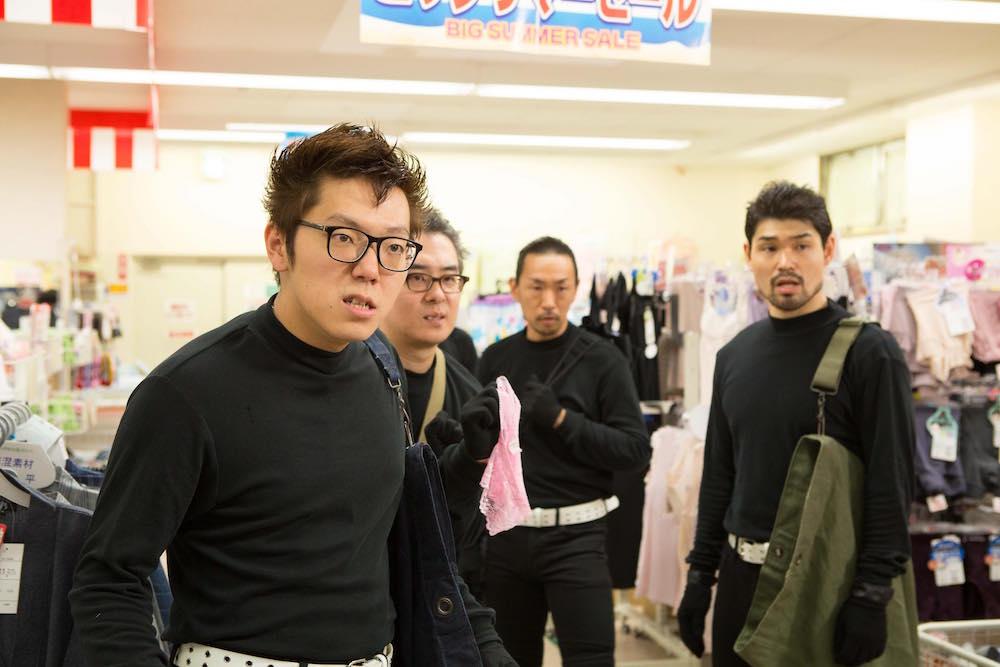 映画『HK/変態仮面 アブノーマル・クライシス』にHIKAKINと瀬戸弘司が出演!